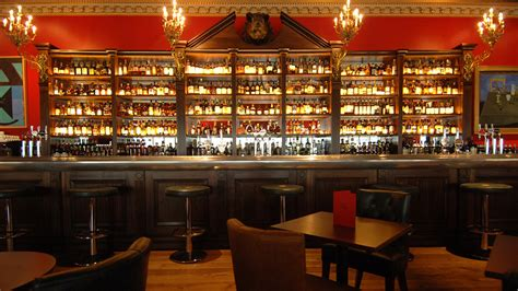 top bars in canary wharf boisdale of canary wharf canary wharf