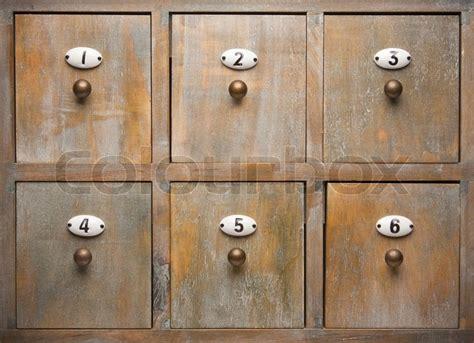 alte schubladen kaufen antike holz aktenschrank schubladen stockfoto colourbox