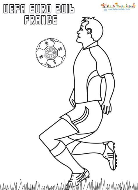Dessin A Imprimer Ballon De Foot L L L L