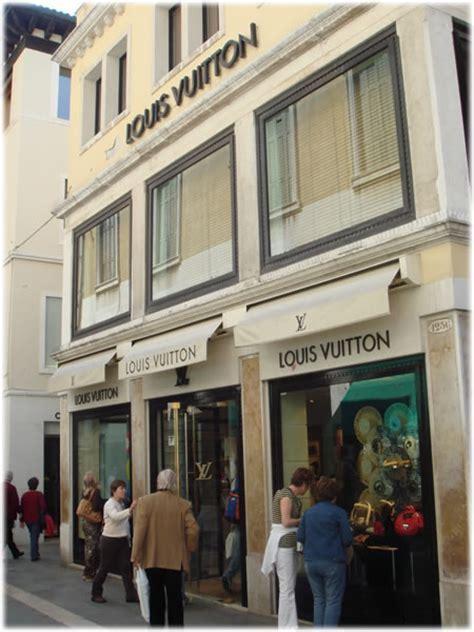 Louis Vuitton in Venice Italy   PurseBlog