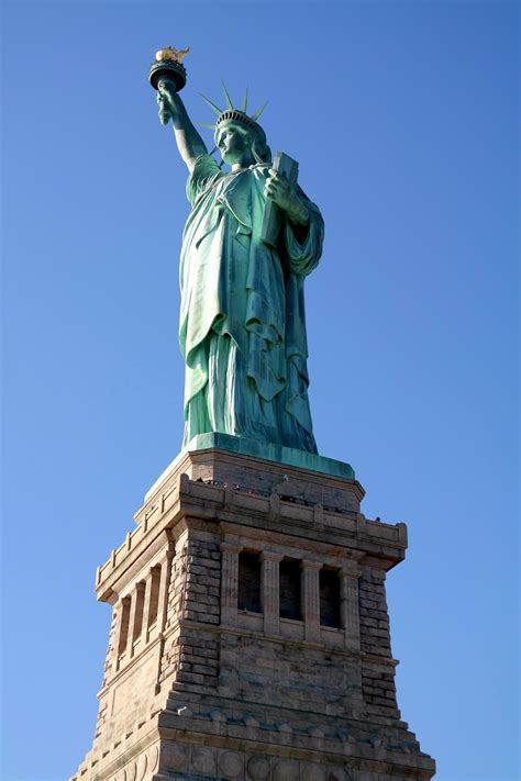 statue of liberty l statue of liberty ellis island york city fashion