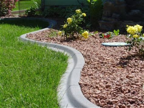 Landscape Edging You Can Mow You Me And Our Spoo Make Three Landscape Curbing