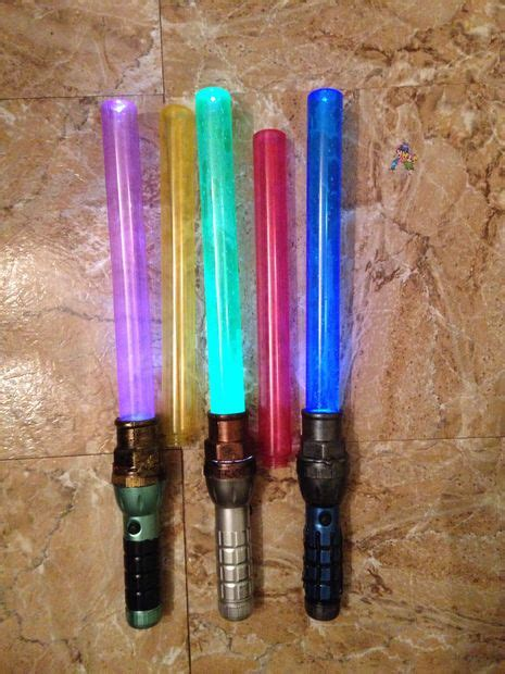 How To Make A Paper Lightsaber - building stuff
