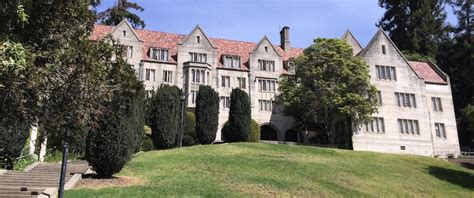 Uc Berkeley Alumni House by Bowles It Won T Really Be Uc Hogwarts But A