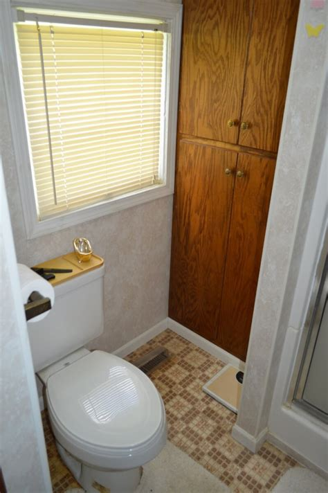 bathtub eureka 2 bed 1 bath home in eureka auction sundgren realty inc
