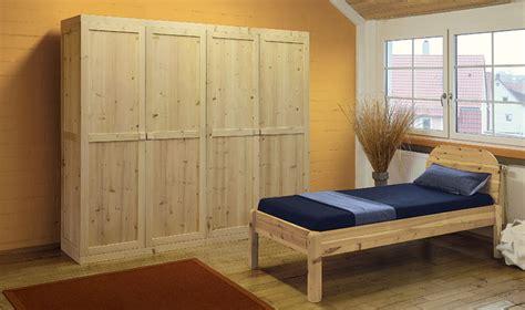 Elektrosmog Schlafzimmer by Elektrosmog Schlafen Durch Holz Kleiderschr 228 Nke Im