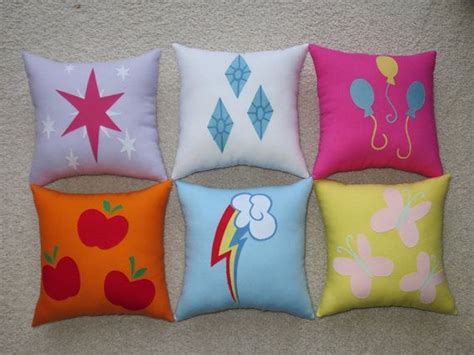 my little pony sofa 96 best mlp 3 luv it images on pinterest my little pony