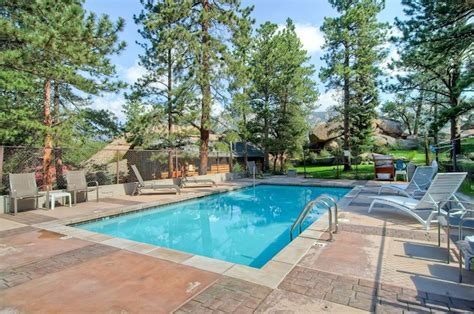 tiny house resort outdoor adventure near estes pk estes park colorado lodging black canyon inn condos