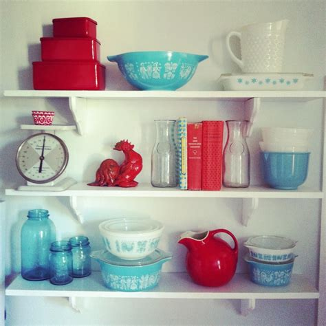 red and blue kitchen my kitchen is drooling from parsimonia secondhand with