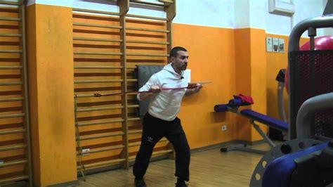 esercizi per pettorali in casa esercizi pettorali in casa con elastici personal trainer