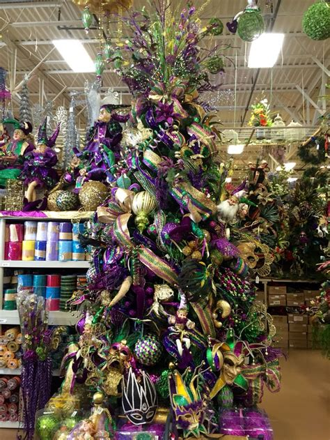 mardi gras home decor 1000 images about holiday mardi gras on pinterest