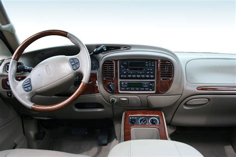 buy car manuals 2005 lincoln navigator interior lighting ford safety recall 05s28 autos post