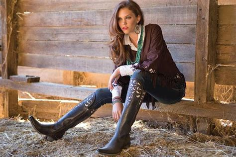 how to wear cowboy boots for with cowboy boots 19 ways to wear cowboy shoes
