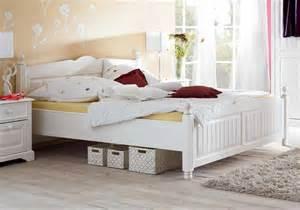 weißes bett 120x200 de pumpink coole wohnzimmer