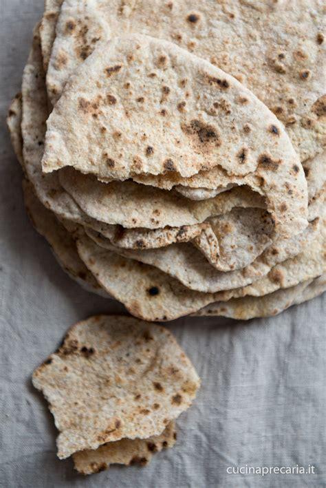 pane dietetico fatto in casa pane senza lievito integrale o chapati cucinaprecaria it