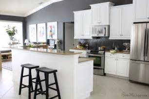Gray Kitchen Walls With White Cabinets How I Transformed My Kitchen With Paint House Mix