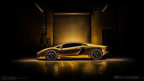 Aventador Wrap   Gold Chrome Aventador