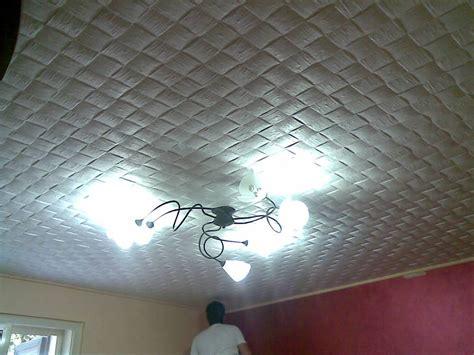 rivestimento soffitto foto rivestimento di soffitto con polisterolo decorato de