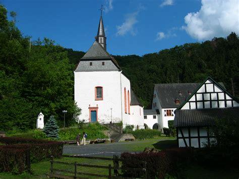 scheune neustadt file kirche un kloster ehrenstein neustadt wied 2004 06