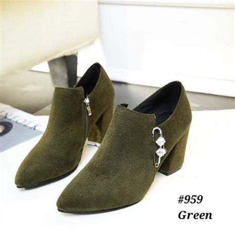Sepatu Wanita Hak sepatu boot wanita hak tinggi model 959 terbaru 2018