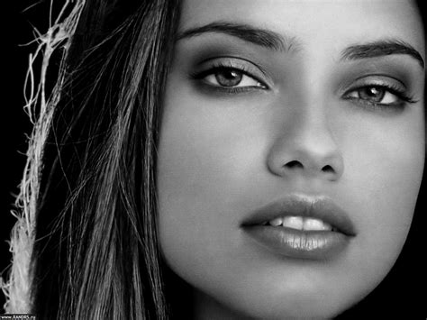 beautiful women faces biography discography pics news beauty woman faces 2