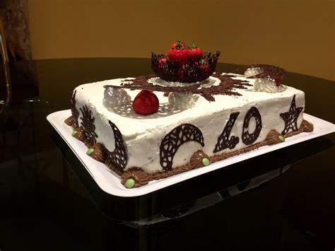 torta al cioccolato con panna da cucina torta al cioccolato panna e fragole di pasticci di