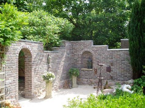 Garten Selber Gestalten by Mauer F 252 R Sitzecke Im Garten Selber Gestalten Garten