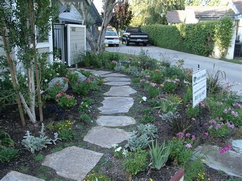 Design Ideas For Flagstone Walkways Flagstone Walkway Designs Sponsored Links Flagstone Paths Walkways Pinterest Best