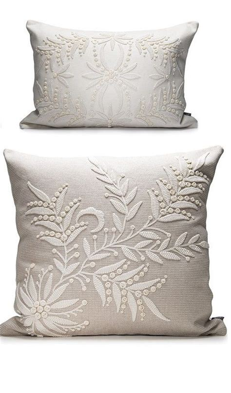 Decorative Bedroom Pillows by Decorative Bedroom Pillows Myfavoriteheadache