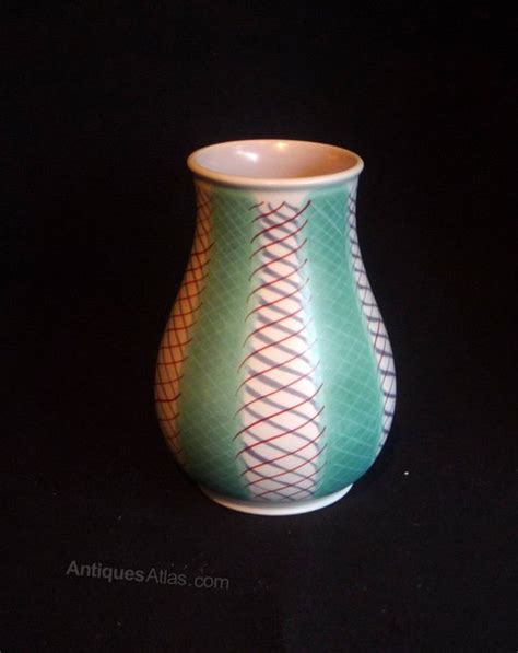 Poole Vase by Antiques Atlas Poole Pottery Freeform Pkt Vase