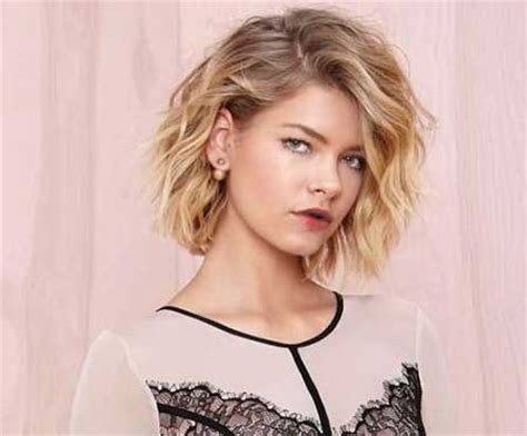 short beach wave hairstyles beachy waves for short hair short hairstyles 2017 2018