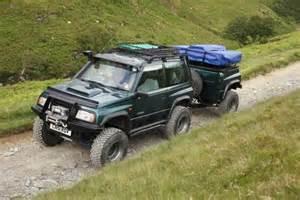 Suzuki Vitara Road Modifications A Suzuki Vitara Pulling A Trailer Suzuki Vitara
