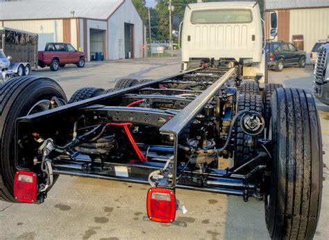 Lkw Rahmen Lackieren by Truck Frame Repair Des Moines Iowa Majestic Truck