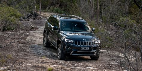 grand cherokee jeep 2016 2016 jeep grand cherokee overland review caradvice