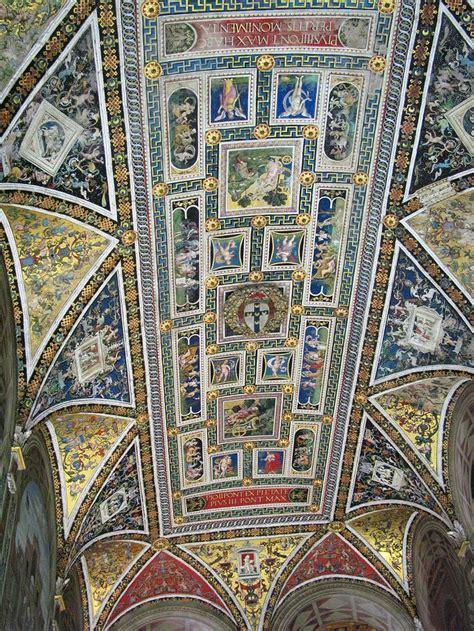 libreria piccolomini 35 best libreria piccolomini images on siena