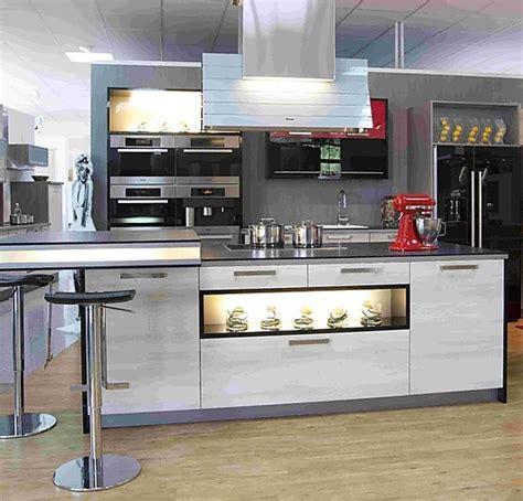 moderne küche hochglanz schwarz k 252 che schwarz wei 223 einrichten