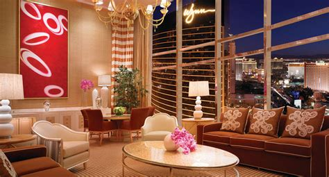 4 bedroom hotel suites in las vegas luxury three bedroom duplex las vegas encore resort