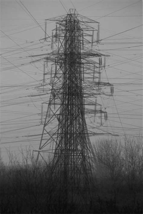 idris khan pylon  creative landscape urban