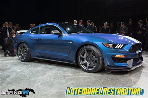 lmr mustang 2016 mustang shelby gt350r specs pictures lmr