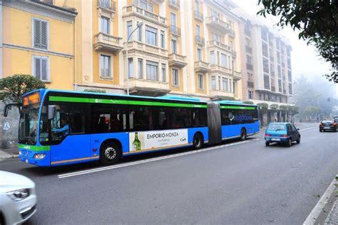 pullman pavia linate pubblicit 224 autobus monza e brianza lecco bergamo