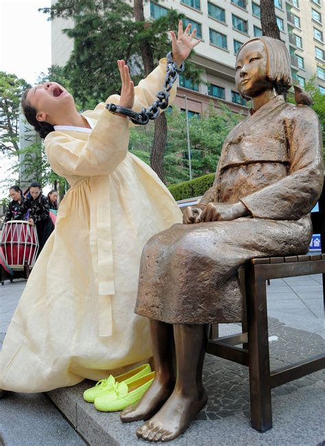 comfort women monument seoul government to construct more statues of peace this