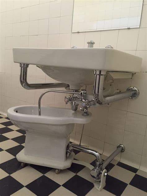 bidet salle de bain s de bain propose aux et aux une slection de produits