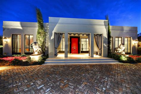 johnathon de luxury homes real estate