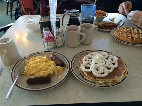 A Reason To Talk About Pancakes Don T Blink Plantation Pancake House Myrtle