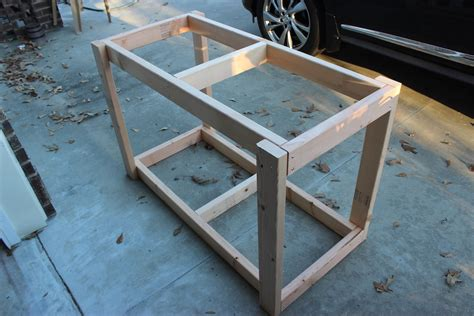 easy work bench easy portable workbench plans rogue engineer