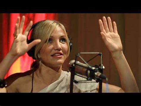 mike myers voice of shrek cameron diaz and mike myers discuss the end of shrek