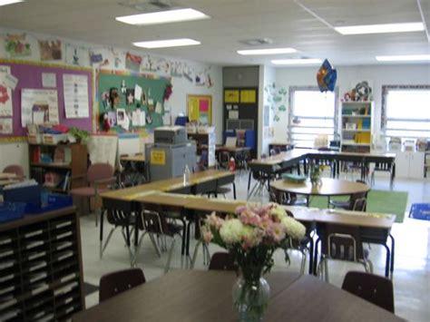classroom arrangement research ideas for classroom seating arrangements desk