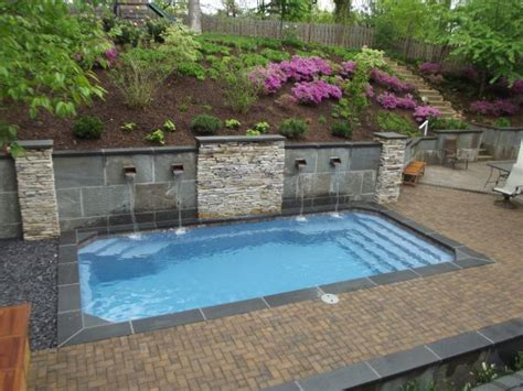 splash pool ideas retaining walls for swimming pools fiberglass pools