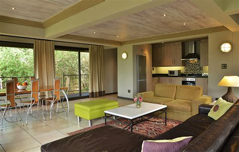 4 Bedroom Lodges by Stonehill River Lodge Rooms Suites Swellendam