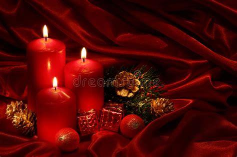 immagini di candele di natale candele di natale fotografia stock immagine di